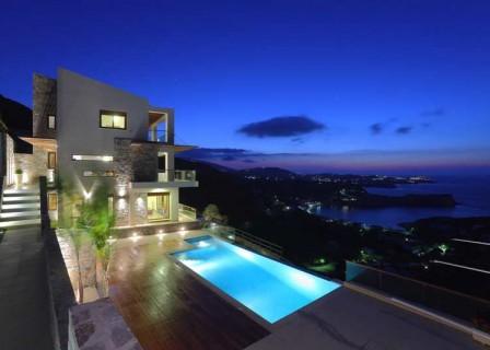 Villa-in-Lygaria-Heraklion-for-sale-night-aspect