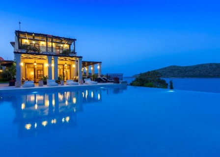 villa-for-sale-in-Elounda-Lassithi-Crete-evening-aspect